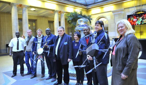 La team de World Drone Academy et ses invités Africains