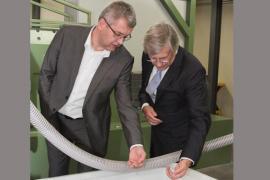 Monsieur Hubert Bosten, CEO de la société NMC et Monsieur Suinen, CEO de l'Agence wallonne à l'Exportation et aux Investissements étrangers